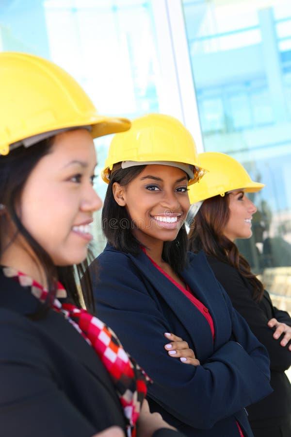 Équipe diverse de construction de femme image libre de droits