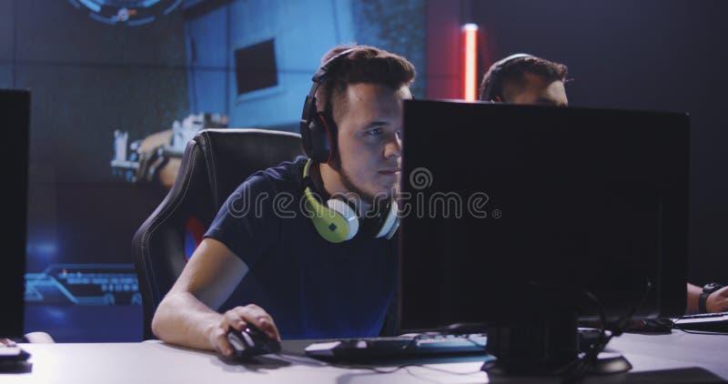Équipe jouant à un tournoi image libre de droits