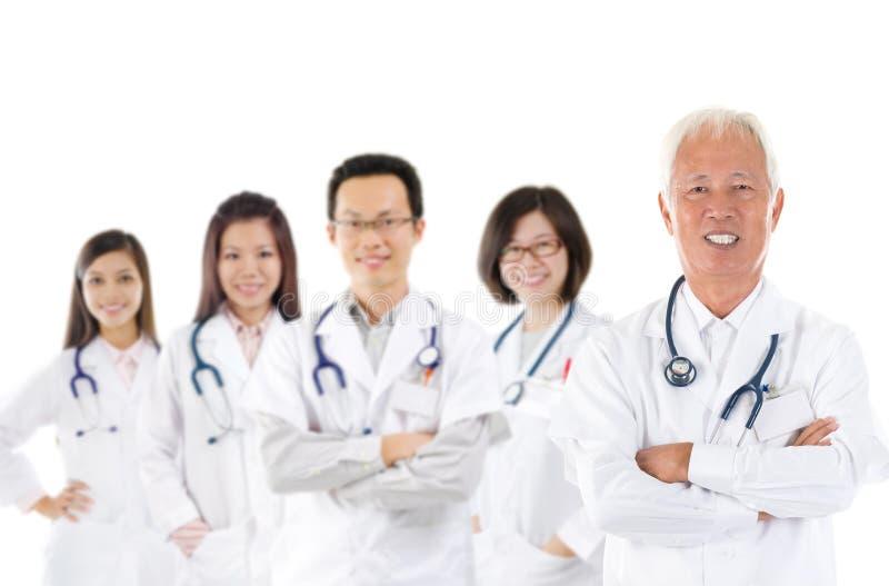 Équipe médicale asiatique photographie stock