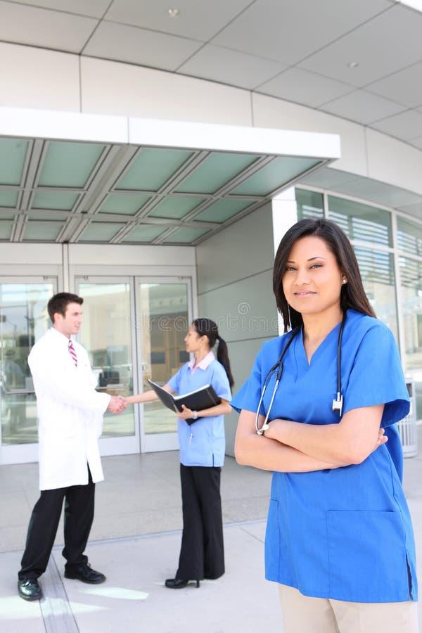 Équipe médicale réussie images libres de droits