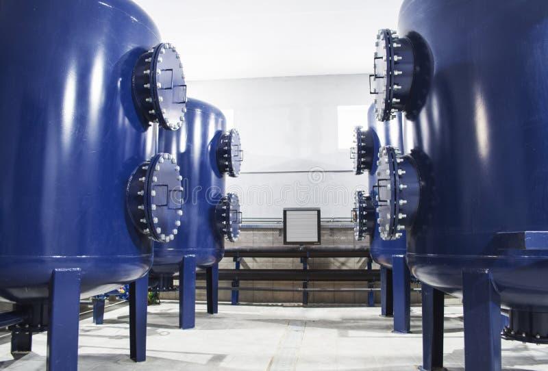 Équipement de filtre de purification d'eau à l'usine images libres de droits