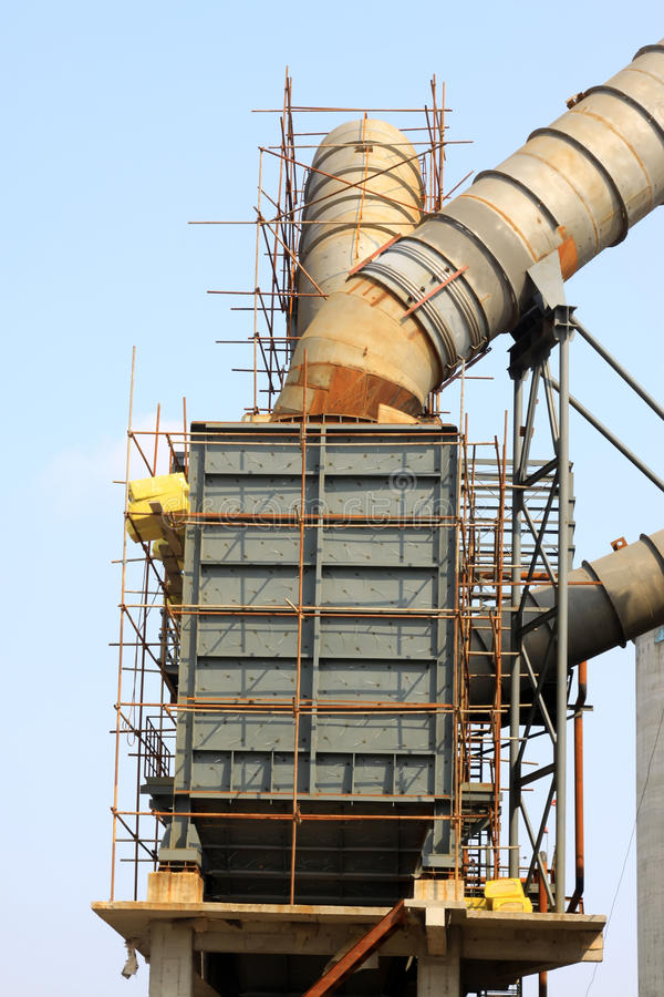 Équipement de production d'électricité de chaleur résiduelle de four rotatoire dans un ciment pl images libres de droits