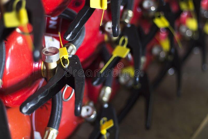 Équipement de respiration de sapeur-pompier de caserne de pompiers image libre de droits