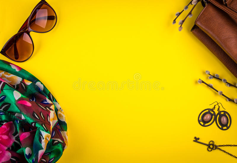Équipement de ressort du ` s de femmes photo libre de droits