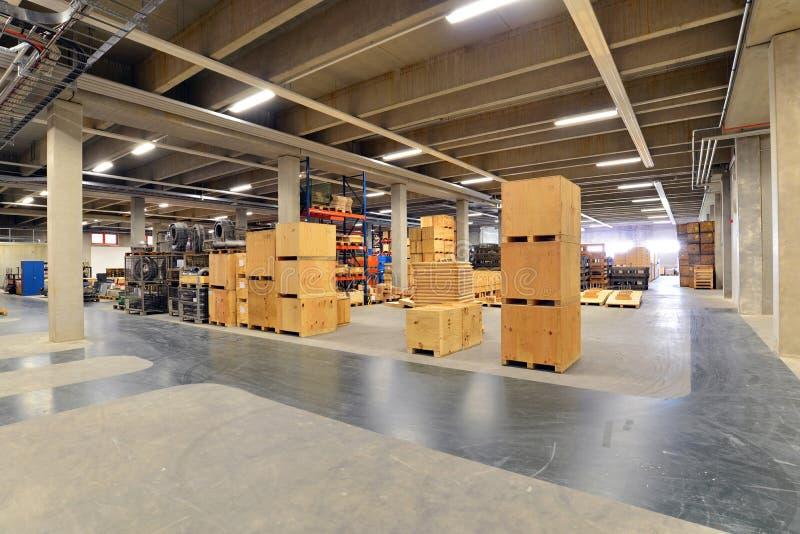 Équipement et intérieur d'un hall industriel moderne d'une société photographie stock