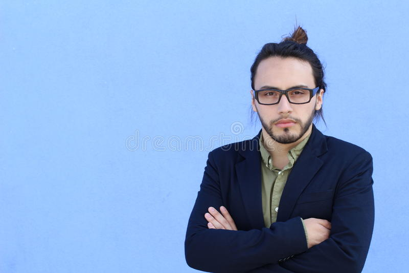 Équipez la mode de style de hippie Guy Beard Glasses Portrait Casual Person Silhouette avec le copyspace image stock