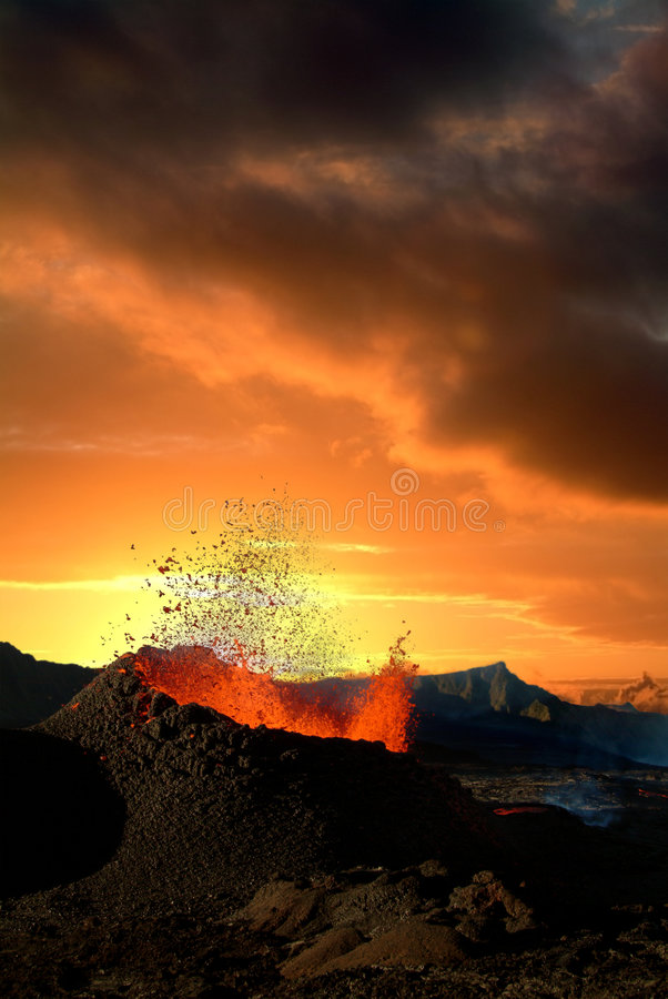 Éruption de volcan photographie stock