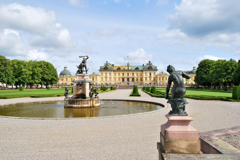 Éstocolmo, parque de Drottningholm fotografia de stock