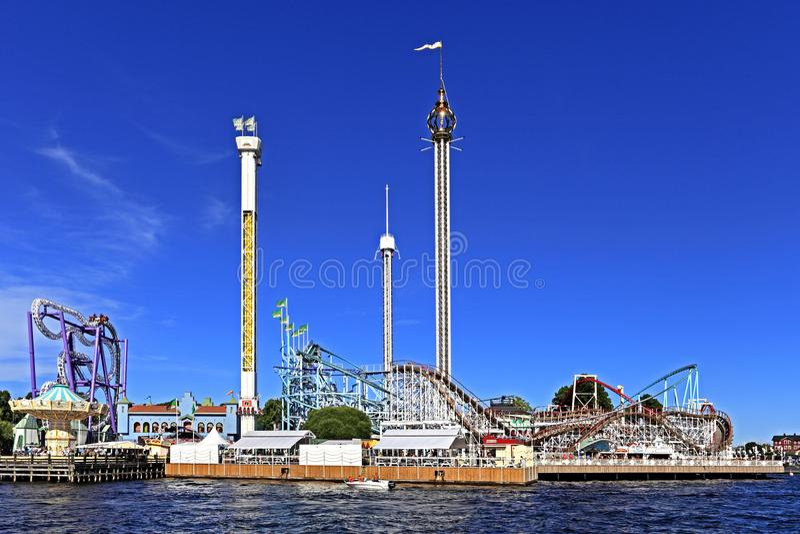 Éstocolmo, Suécia - Tivoli Grona Lund - Gronan - parque de diversões fotos de stock