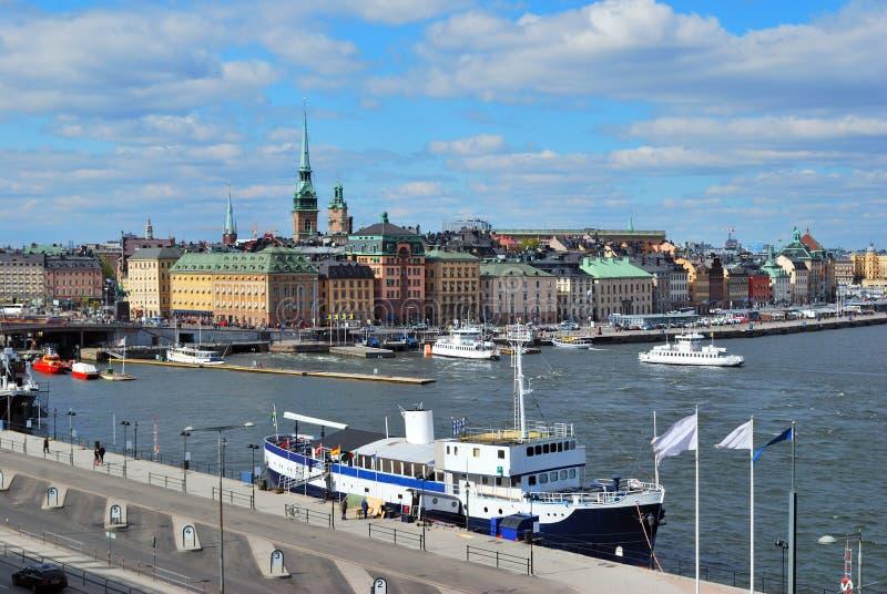 Éstocolmo. Vista da cidade e do Slussen velhos imagens de stock royalty free