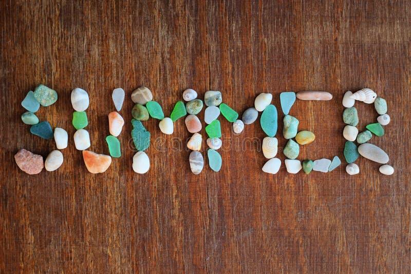 Été, coquilles de mer, pierres images stock