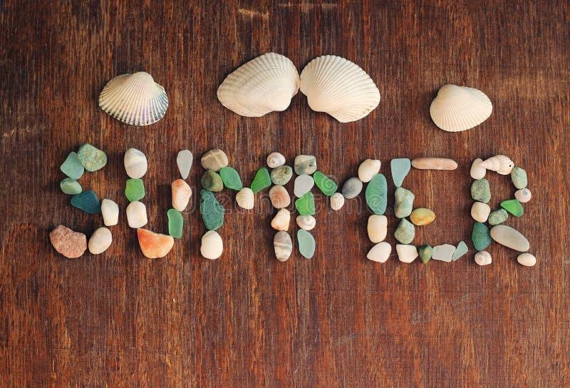 Été, coquilles de mer, pierres image stock