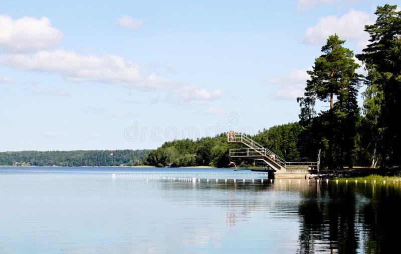 Été se baignant en Suède. photo stock