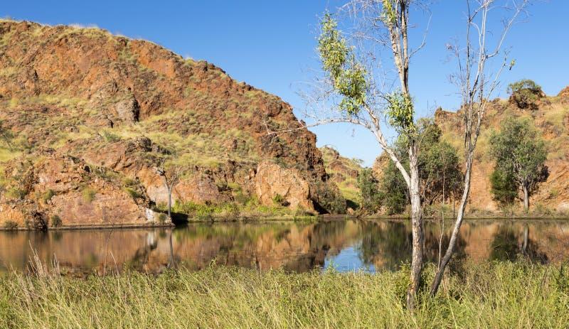 Étang au bord du lac Argyle Western Australi image stock
