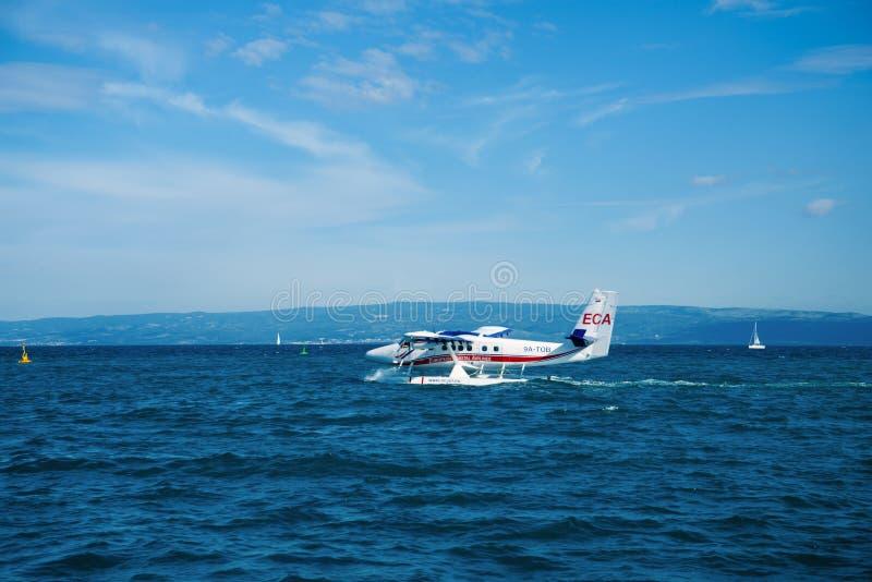 Étape d'atterrissage en Adriatique, marine, paysage marin Déplacement, faisant de la navigation de plaisance photos stock