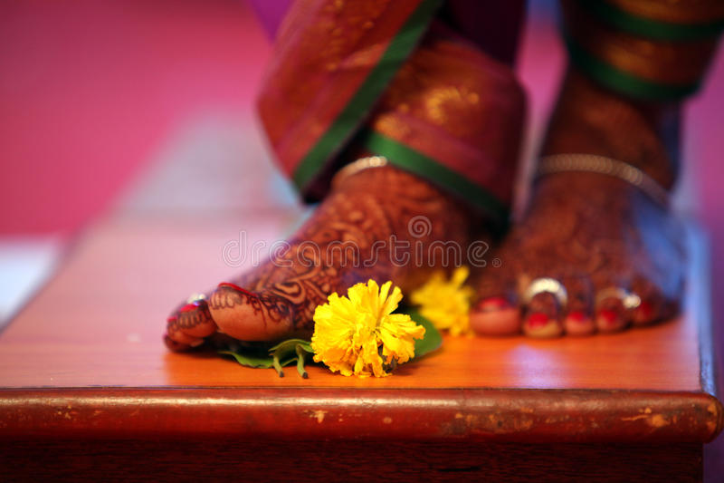 Étape de rituel de mariage photo libre de droits