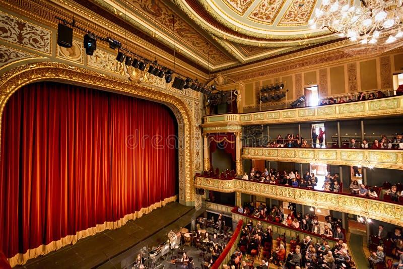 Étape du théatre de l'opéra à Riga photographie stock
