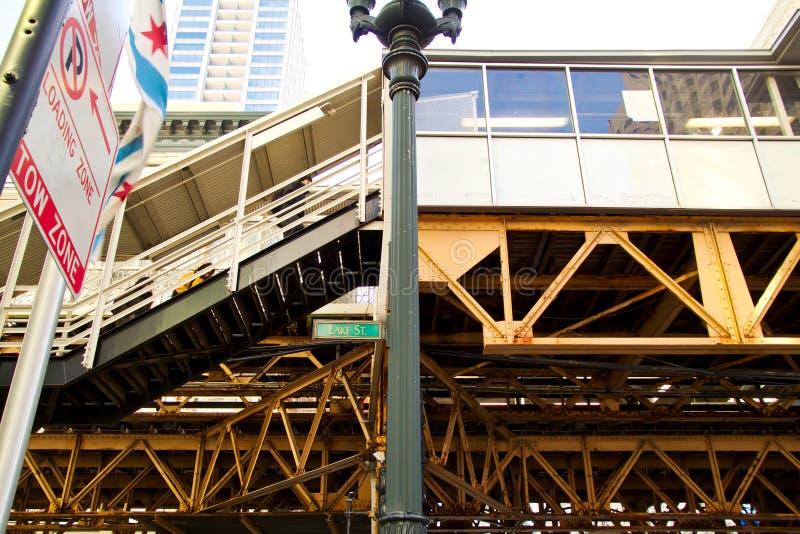 État du ` s de Chicago et plate-forme de train élevée par lac photo libre de droits