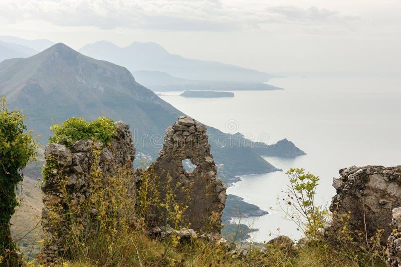 Étayez le scape près de Maratea, Basilicate, Italie images libres de droits