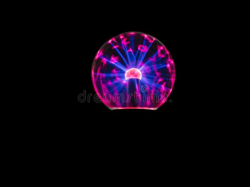 Étincelle électrique sur la boule de plasma photo stock