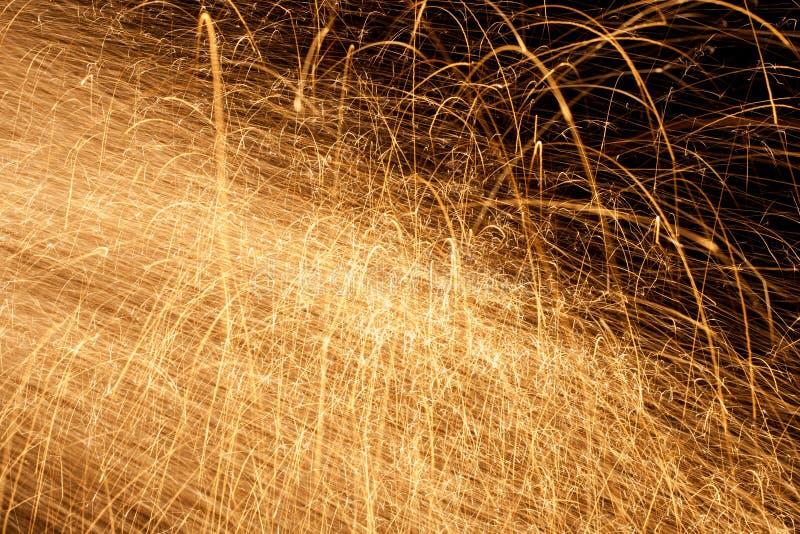 Étincelles du feu photo stock