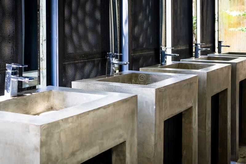 Download Étiquette de l'eau photo stock. Image du corporate, restaurant - 76089384