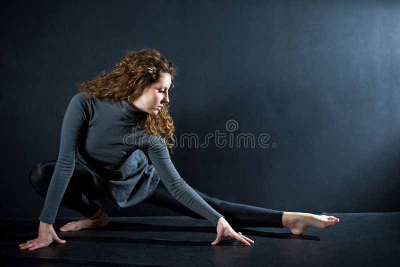 étirage de ballerine image stock