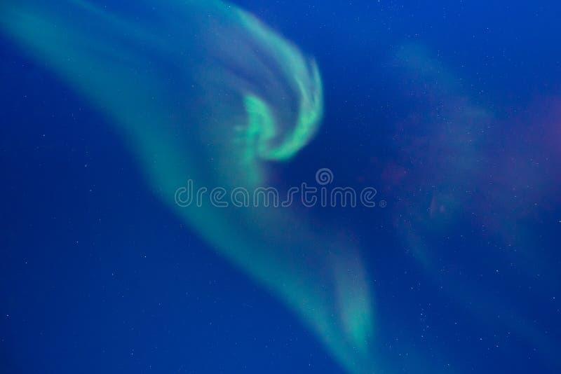 Étoile arctique polaire de ciel d'aurora borealis de lumières du nord en Norvège le Svalbard dans Longyearbyen les montagnes de l images libres de droits
