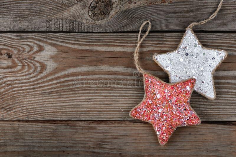 Étoile de décorations pour l'arbre de Noël photographie stock libre de droits