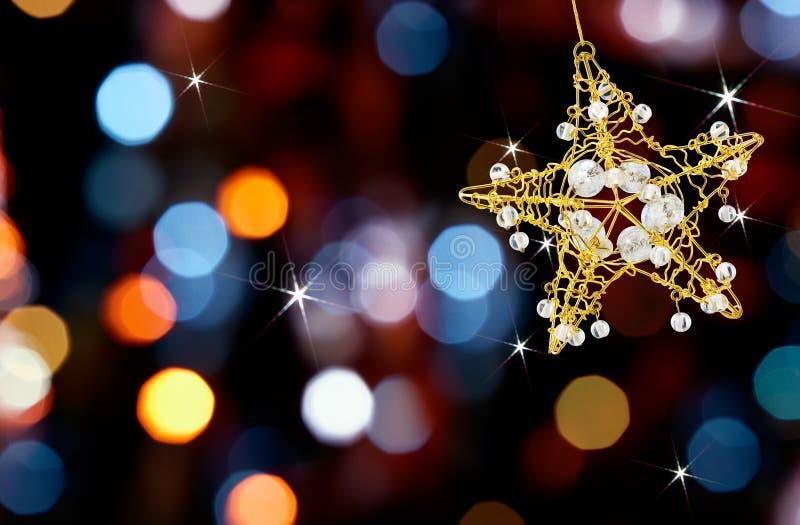 Étoile de Noël avec des lumières photo stock