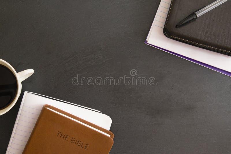 Étude de bible sur un tableau image libre de droits
