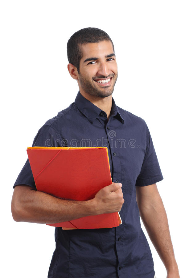 Étudiant arabe occasionnel adulte d'homme posant la position tenante des dossiers photo stock