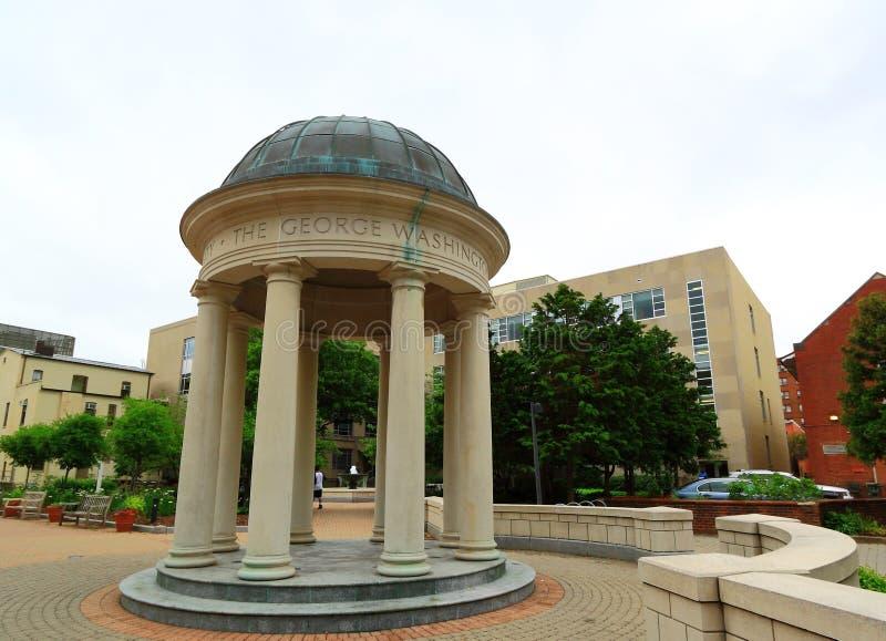 Étudiant Courtyard George Washington University photos stock
