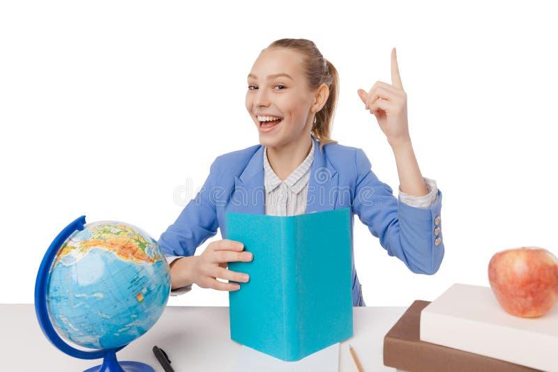 Étudiant de sourire obtenant l'inspiration photographie stock libre de droits