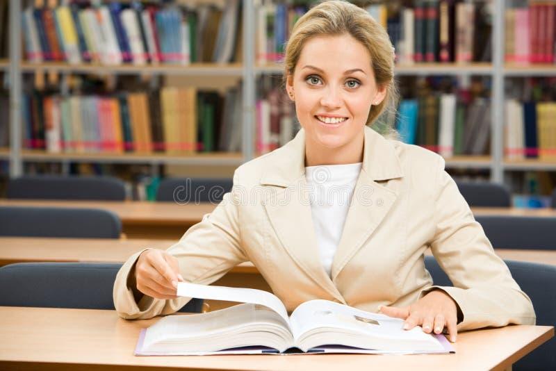 Étudiant diligent images libres de droits
