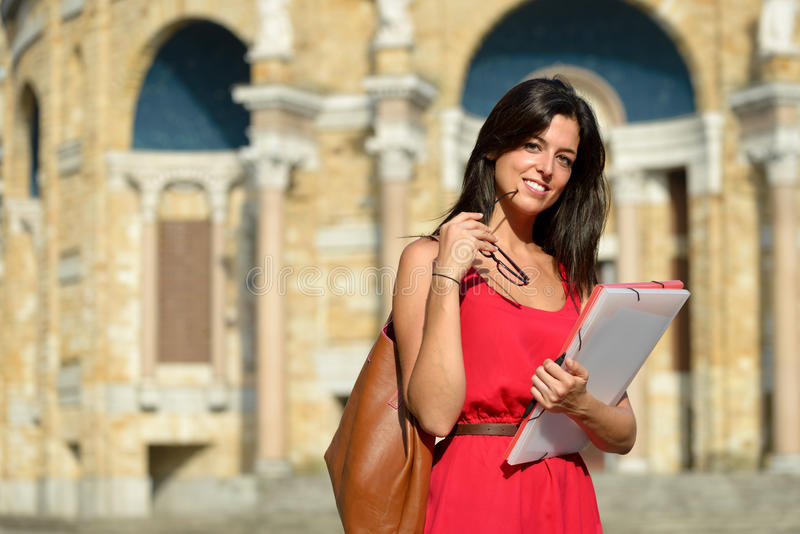 Étudiant universitaire féminin sûr images libres de droits