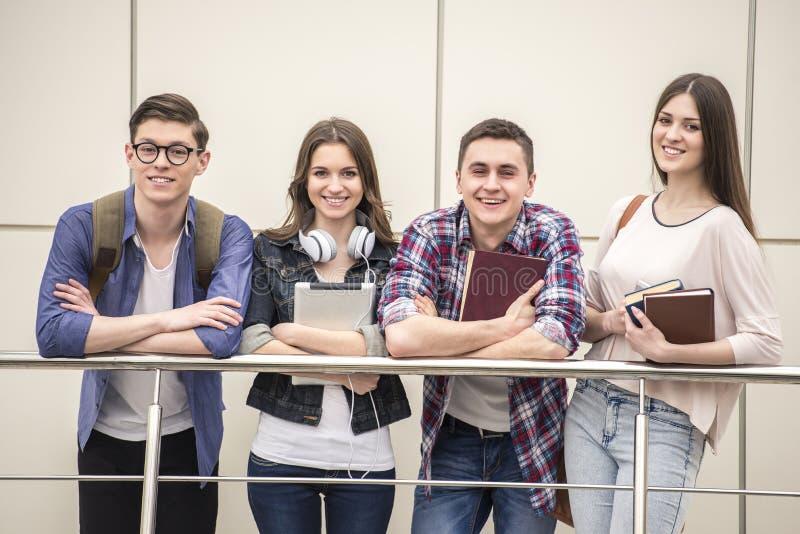 étudiants photos libres de droits