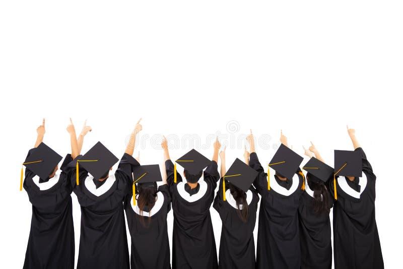 Étudiants célébrant l'obtention du diplôme images libres de droits