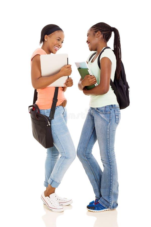 étudiants féminins d'université photographie stock
