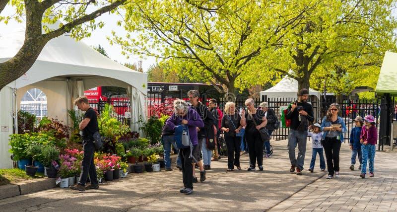 Événement de vente de ressort au jardin botanique de Montréal image stock