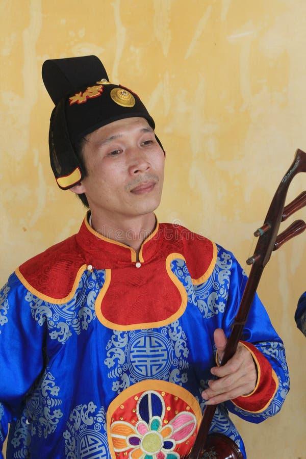 Événement traditionnel de représentation de musique du Vietnam images stock