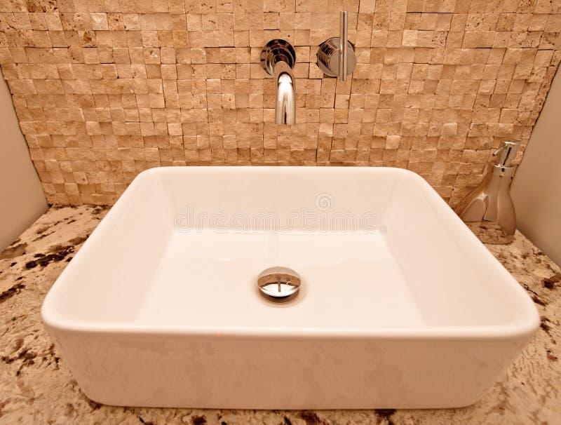 Évier de salle de bains photo libre de droits