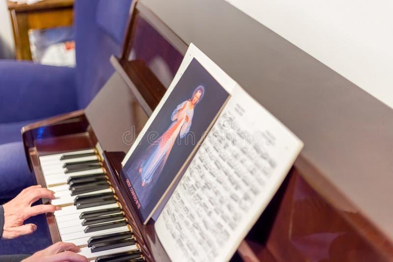 Ícone clemente de Jesus em contagens imagens de stock