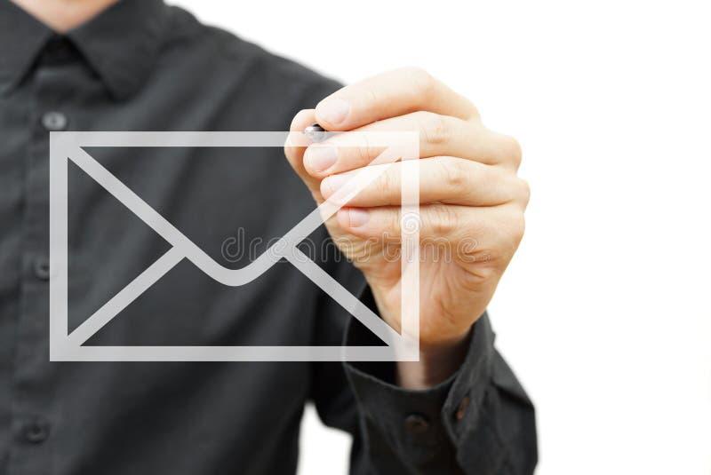 Ícone do email do desenho do homem na tela virtual Informações de contato fotos de stock