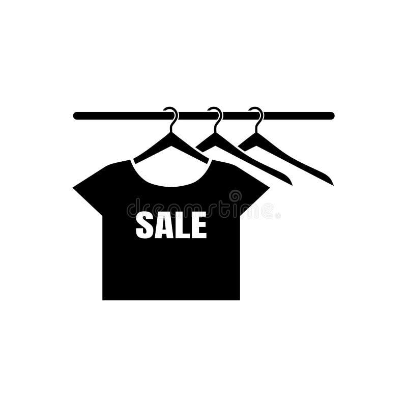 Ícone do vetor da venda com silhuetas do t-shirt em um gancho Estilo liso do projeto Ilustração no cores preto e branco ilustração stock