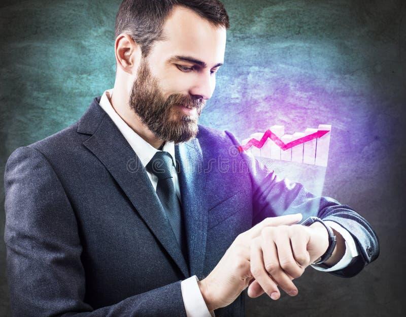 Ícone gráfico virtual tocante do homem de negócios do smartwatch fotografia de stock