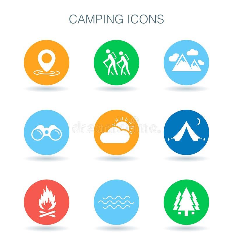 Ícones de acampamento Símbolos do local de acampamento Sinais exteriores da aventura Vetor ilustração royalty free