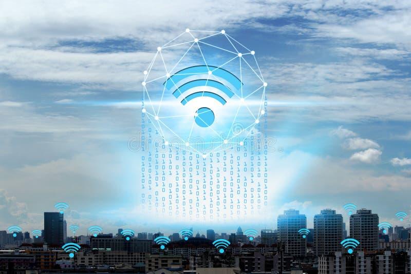 Ícones de Wifi e rede da arquitetura da cidade, Internet do negócio global co fotos de stock royalty free