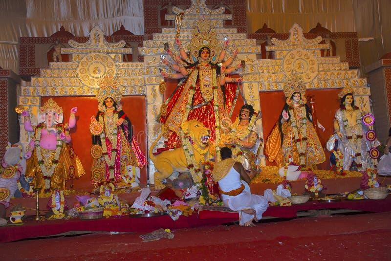 Ídolo de la diosa Durga El festival se celebra durante el período entero de Navaratri por 10 días fotos de archivo libres de regalías