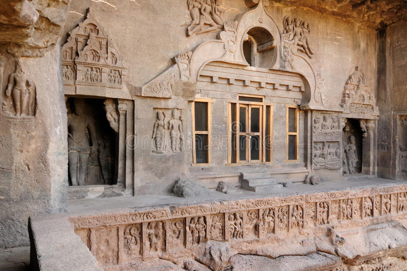 Índia, caverna de Ellora Buddhist foto de stock royalty free